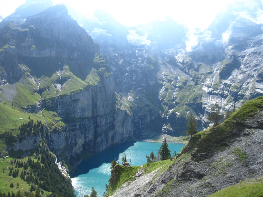 Oeschinensee in full sun
