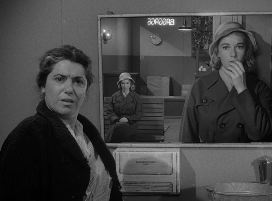 """""""Mirror Image"""" from The Twilight Zone"""